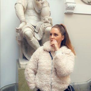 HM white sheep furry cuddly jacket warm n cozy